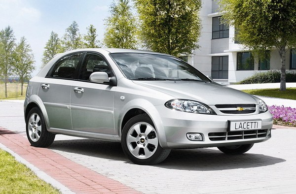 chevrolet_lacetti_hatch